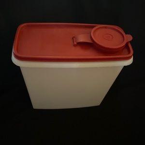 Tupperware Cereal Keeper #469 W/Lid #470/471